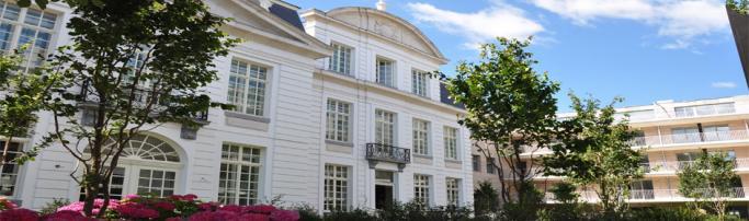 (2012) Sandton Grand Hotel Reylof, Гент