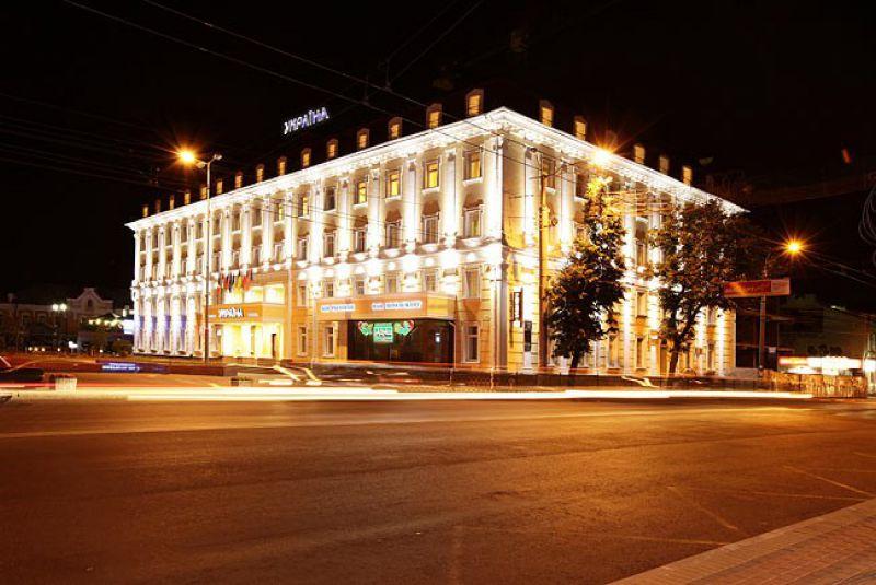 Готель Україна